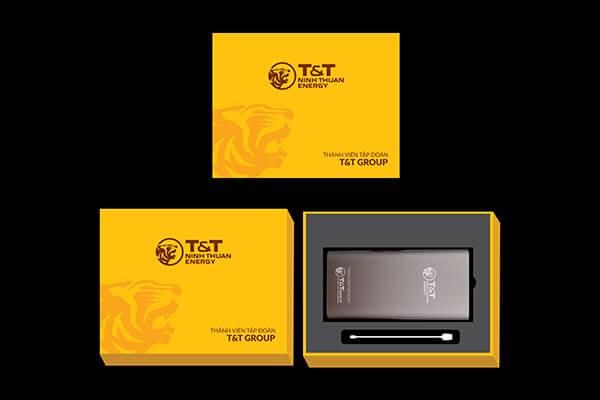 Quà tặng doanh nghiệp pin sạc dự phòng in logo mẫu 4