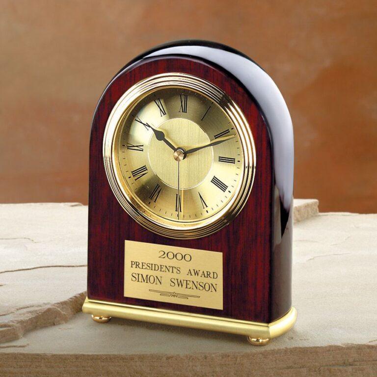 Đồng hồ để bàn AAA003