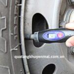 Thiết bị đo áp lực lốp xe cầm tay