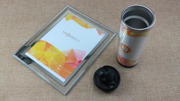 Cốc tường đôi và khung ảnh quà tặng VNDirect