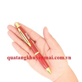 Bút bi bấm vỏ kim loại