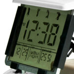 Đồng hồ báo thức hình xe golf