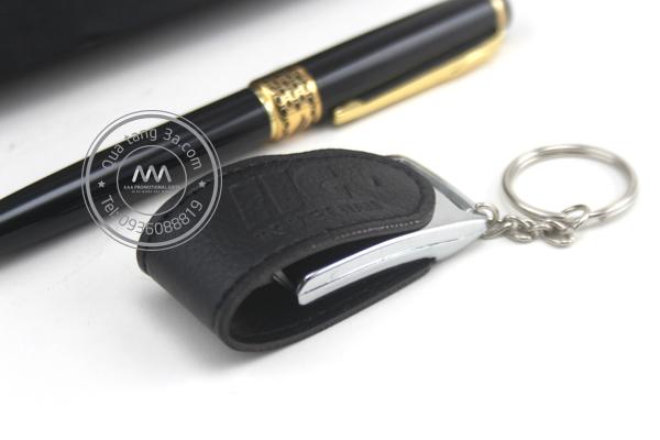 Gift set Bút - USB