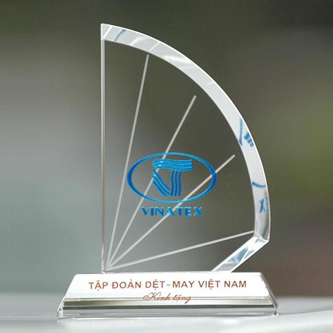 Kỷ niệm chương pha lê KPL002