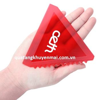 Xẻng cạo băng tam giác