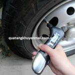 Thiết bị đo áp lực lốp xe
