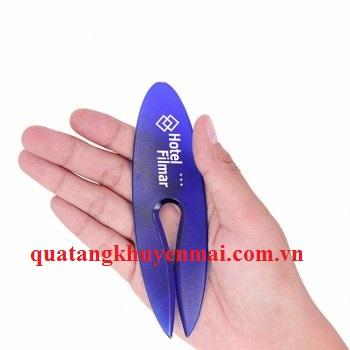 Dao rọc giấy hình oval