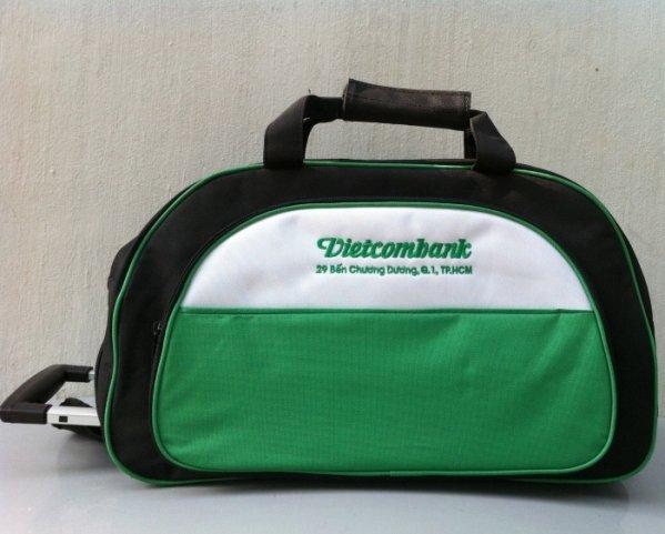 Sản xuất túi xách cần kéo cho Vietcombank