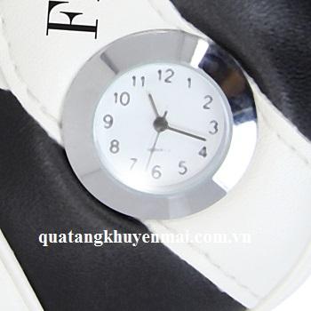Đồng hồ ống đựng bút