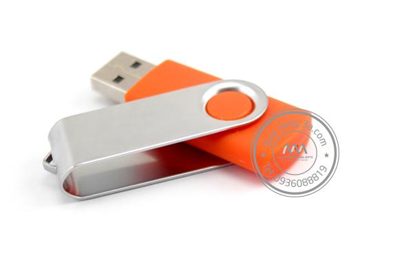 Quà tặng doanh nghiệp USB in logo mẫu 8