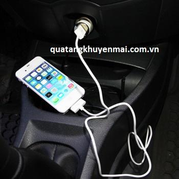 Sạc pin trên ô tô