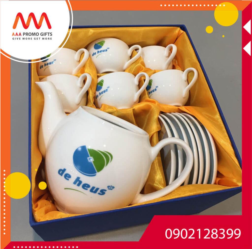 Bộ ấm chén trà – quà tặng doanh nghiệp sang trọng, tinh tế