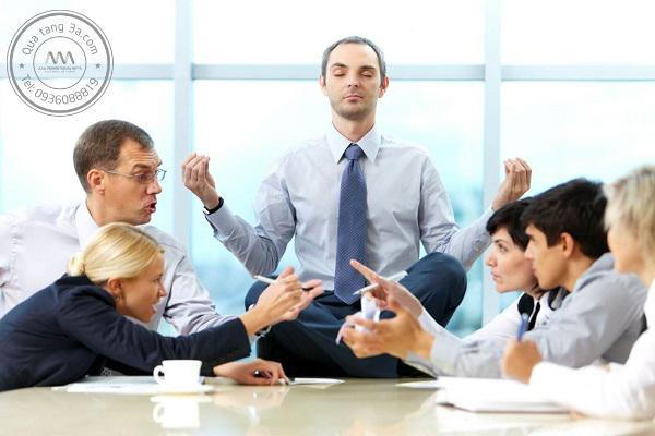Đặt mình vào vị trí của nhân viên để biết họ mong muốn điều gì