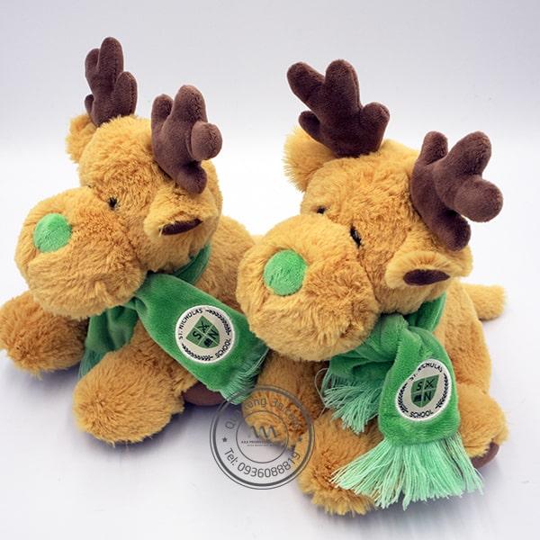 Thú nhồi bông rất được các em học sinh yêu thích, một quà tặng thu hút mùa giáng sinh