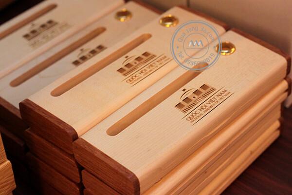 hộp gỗ quà tặng 2