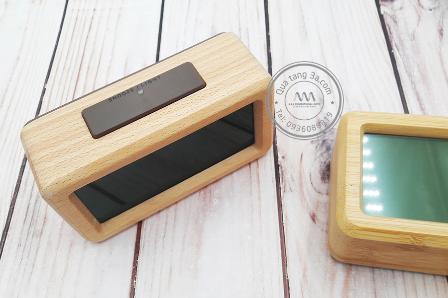Đồng hồ gỗ màn hình LCD