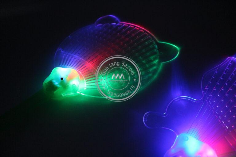 Quạt nhựa quảng cáo cầm tay phát sáng độc đáo