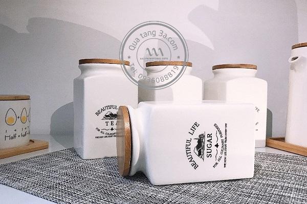 Hũ sứ đựng trà - món quà tặng gia dụng độc đáo dành cho khách hàng