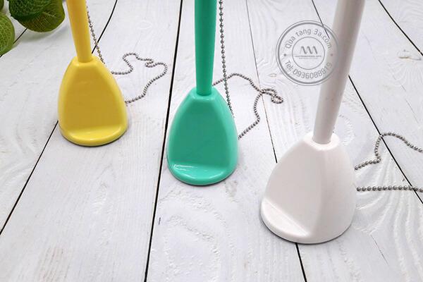 Bút đế cắm kiểu basic chất liệu nhựa | Quà tặng quảng cáo - POSM in ấn logo